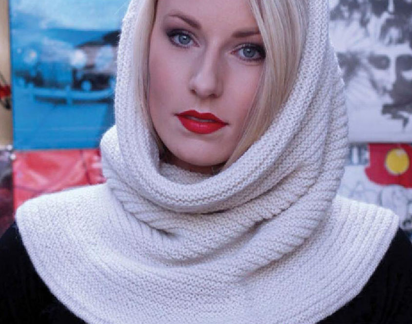 Women's hood knitting pattern