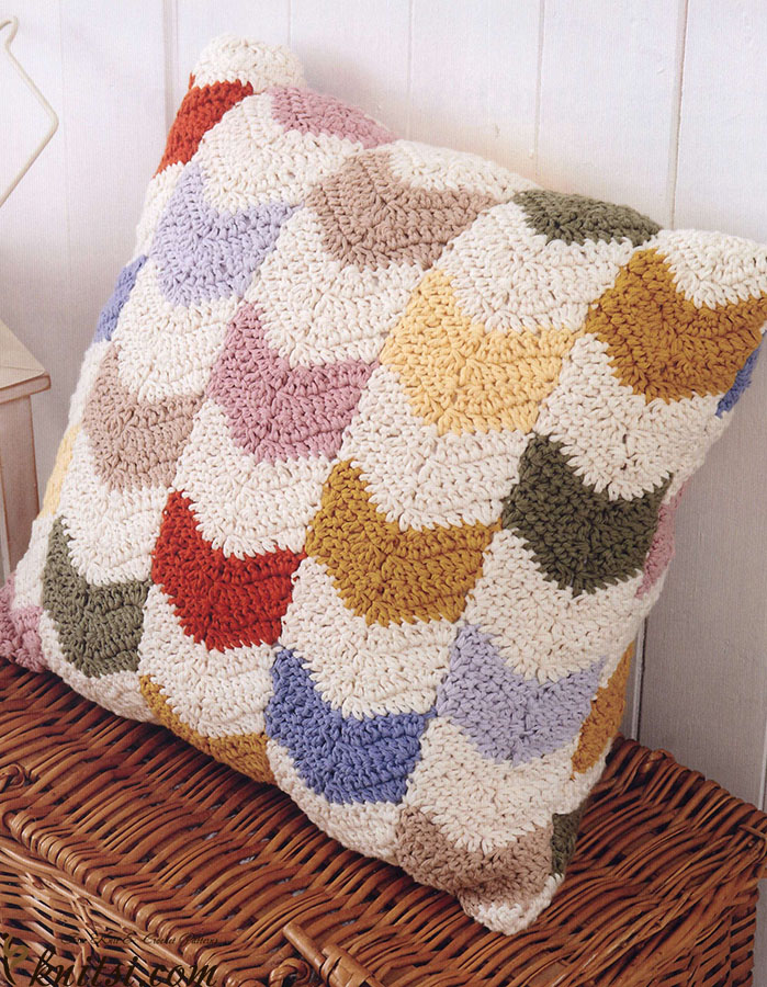 Crochet Pattern Neck Pillow : Chevron pillow crochet pattern